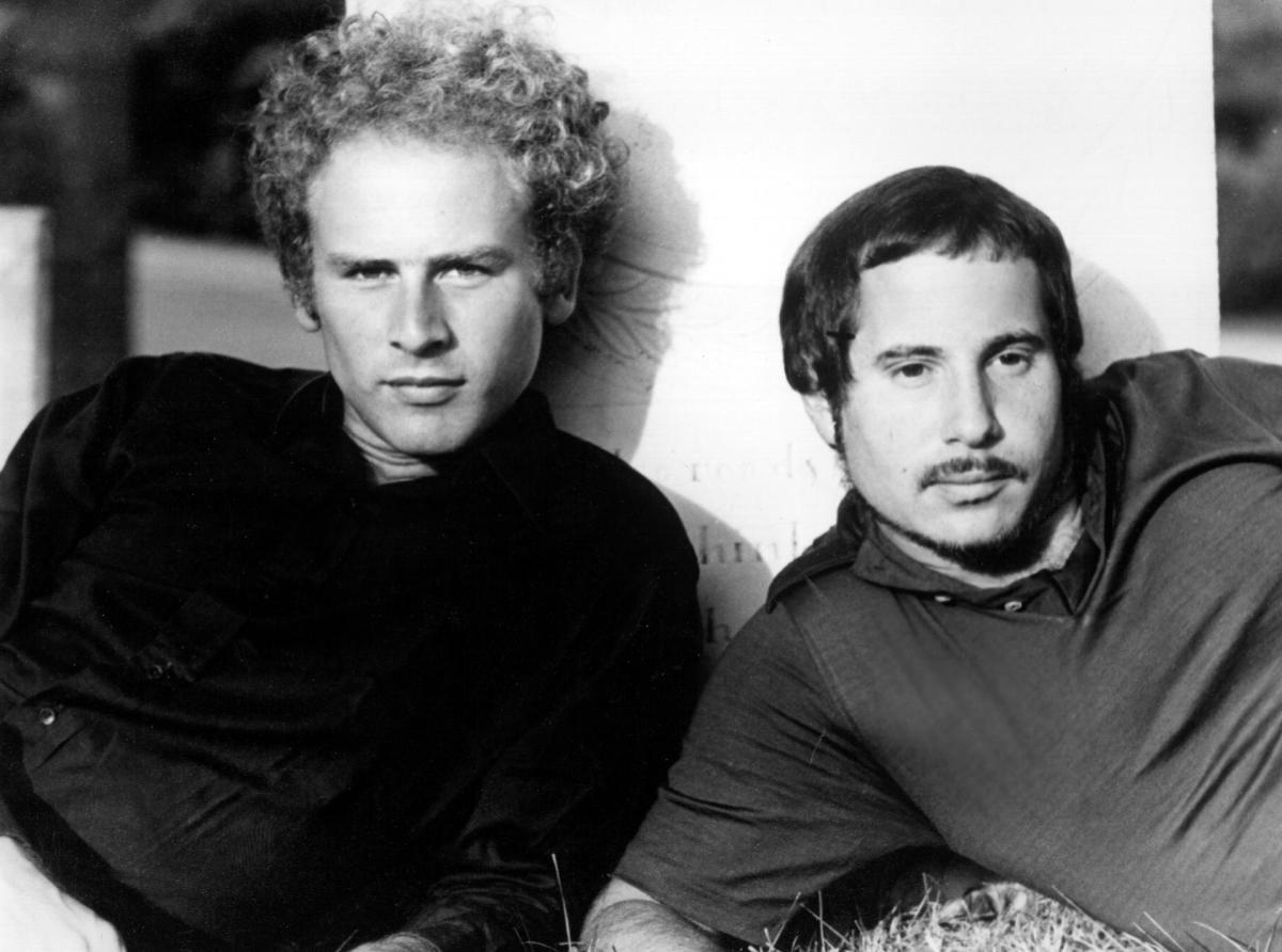 Photo of Simon and Garfunkel